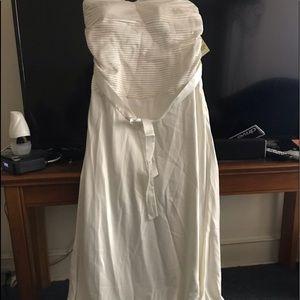 Brand new wedding or prom dress size 18